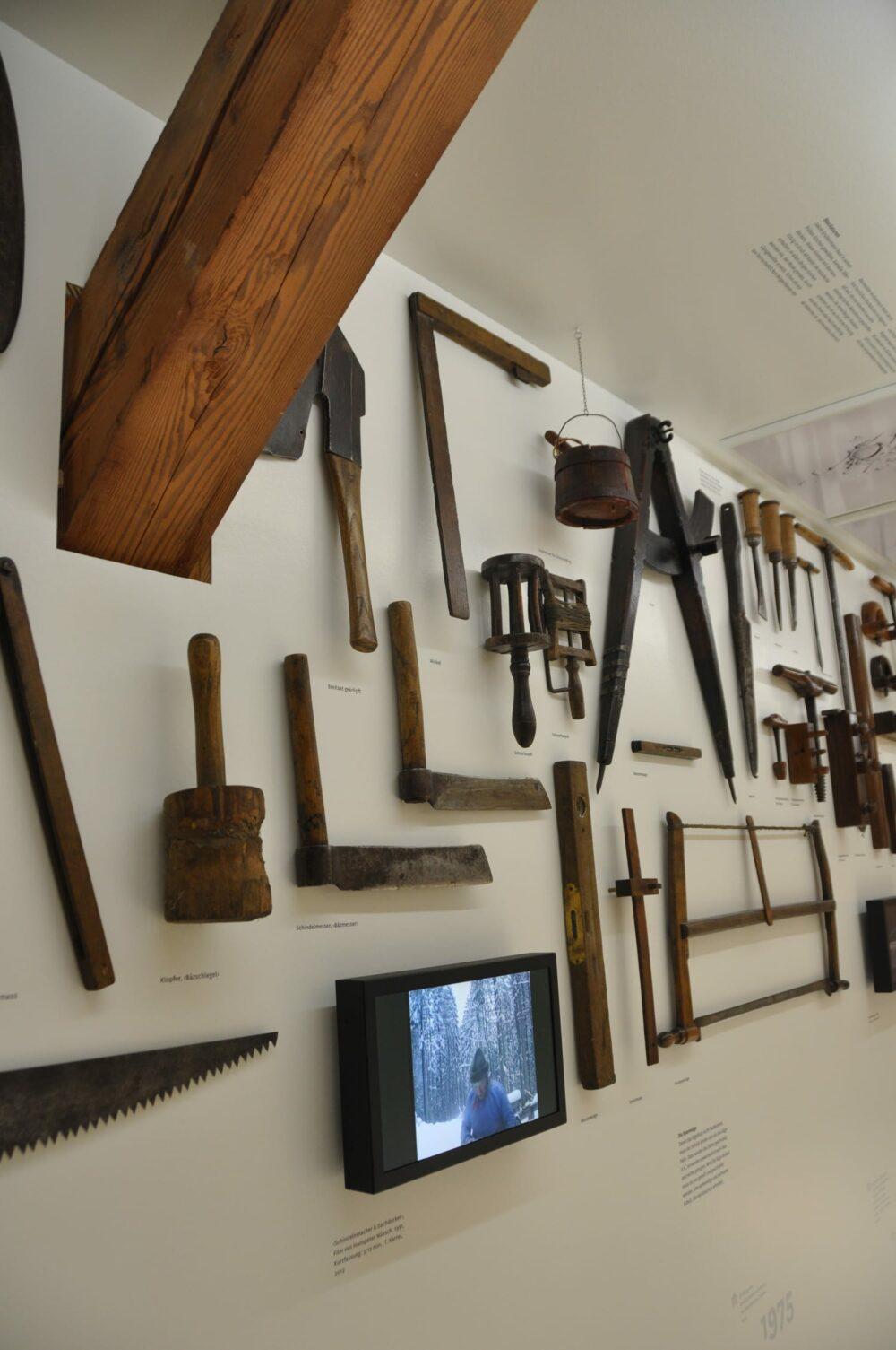 Foto zu «Werkstoffe, Werkzeuge»